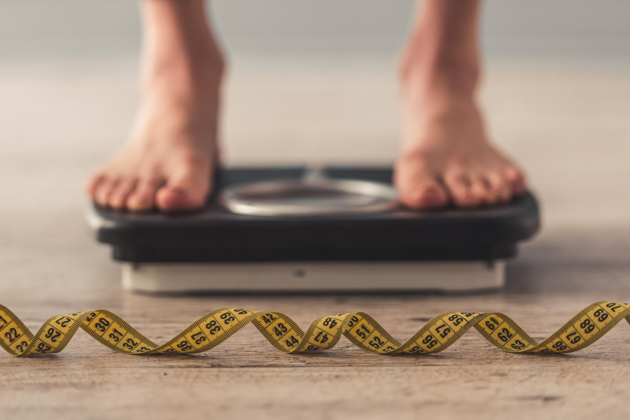 I risultati rivelano che le persone impegnate con successo nel mantenimento della perdita di peso si basano sull